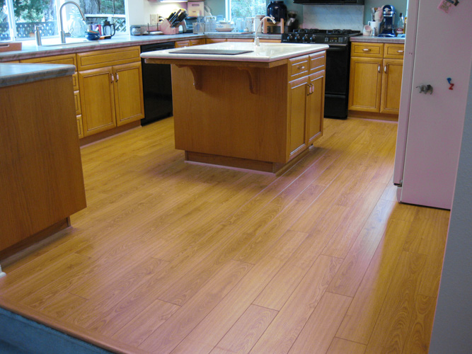 Laminate-10 10. Laminate Plank Flooring as a floating installation ...