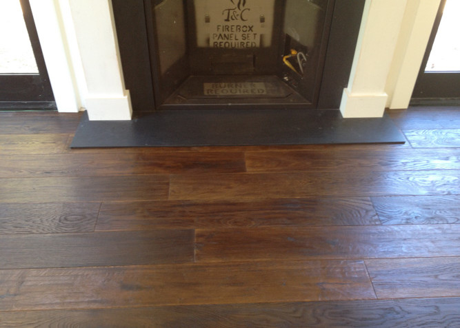 Wire brushed/oiled pre-finished engineered wood flooring as a floating install
