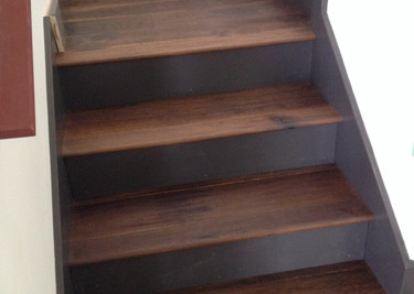 Wire brushed/oiled pre-finished engineered wood flooring with printed stair riser