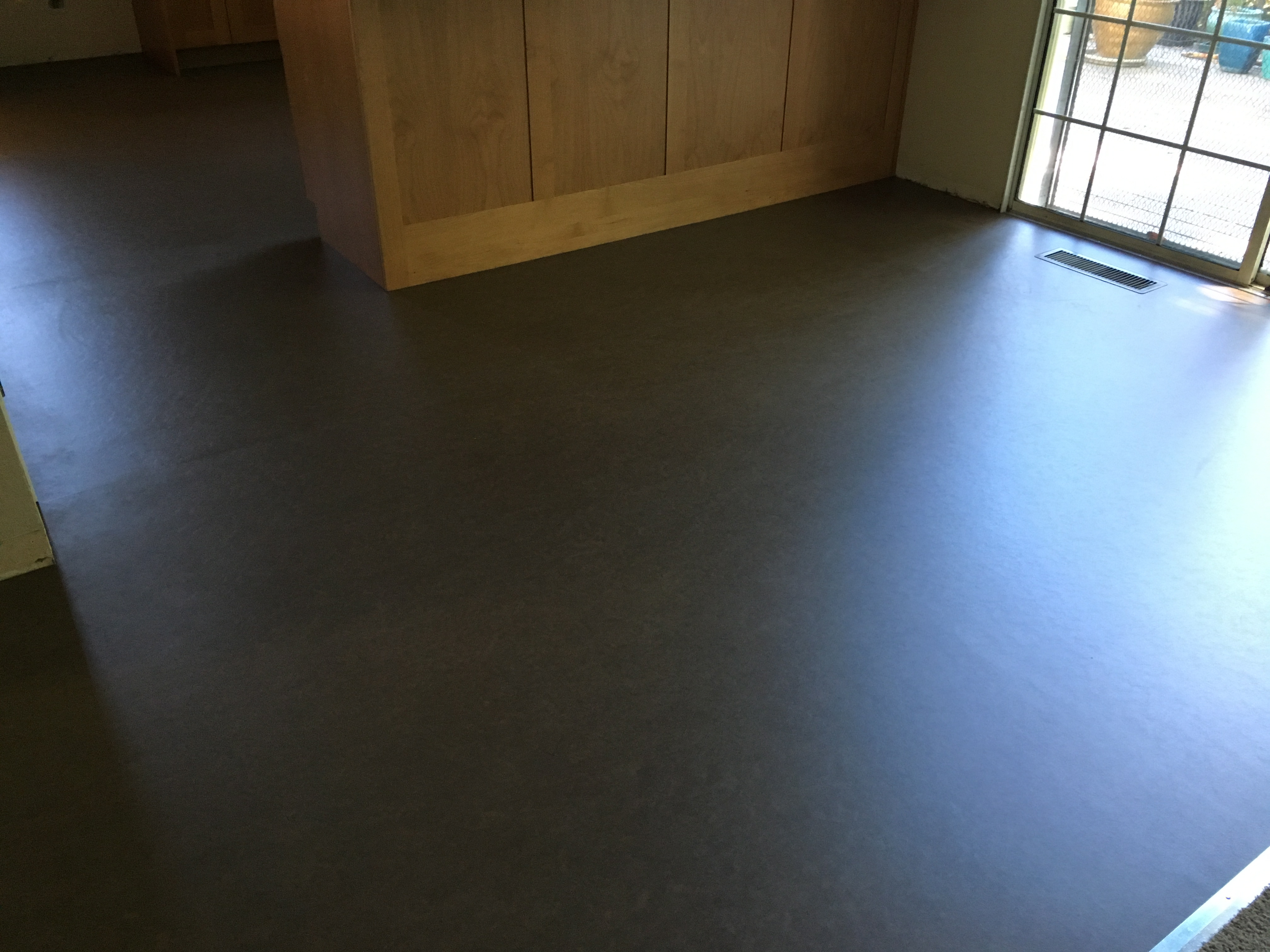 Marmoleum Sheet Flooring Install As A Flat Lay In Kitchen Dinning Area